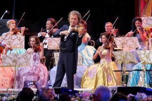 Concertul lui André Rieu de la Maastricht poate fi urmărit la Deva și Vulcan