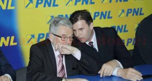 Mircea Moloţ şi Tiberiu Balint au cerut instanţei scoaterea imobilelor deţinute de sub sechestru