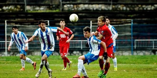FC Hunedoara continuă pregătirile pe plan local
