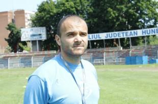 """""""Mai puţine vorbe şi mai multe fapte"""". E primul gând al lui Mircea Alic ca antrenor principal la Hunedoara"""