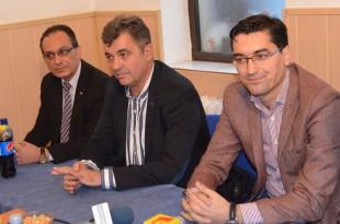 Şanse reale pentru deschiderea unui Centru de Excelenţă fotbalistic la Deva