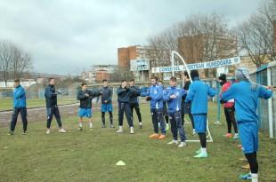 FC Hunedoara reia astăzi pregătirea pentru retur