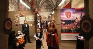 castelul-corvinilor-targul-european-al-castelelor-1-mai-21