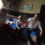 Familia Verdeş speră să mai reziste un an în cătunul izolat