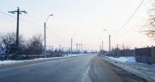 Aseară, drumul dintre Hunedoara şi Sântuhalm încă mai avea destul de multă zăpadă rămasă pe margini