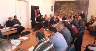 Viorel Arion, Ladislau Farcaş şi Nicuşor Ştefan sunt ultimii liberali care şi-au lăsat libere locurile din Consiliul Local Hunedoara.