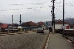 Podul rutier peste Crișul Alb de pe strada Crișan din Brad va fi demolat