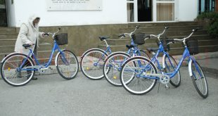 Bicicletele cumpărate pe banii devenilor au cam dispărut de prin oraş şi nu se ştie când şi câte or să apară iarăşi