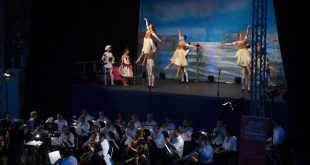 Opera Night Deva 2015Watermark 5050 (1)