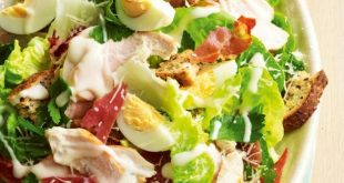 salata-caesar-cu-pui_size1