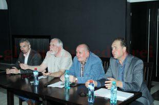 De la stânga la dreapta: Radu Barb – ADEH, prof. Theodore Coresi, Daniel Andronache – CJ şi Mihai Panaitescu (TAD)