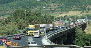 Podul de la Şoimuş e de ocolit, pe cât posibil, între orele 11.00 și 16.00, până pe 23 august