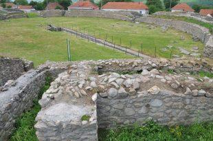Ulpia - amfiteatru