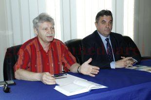 Curtea de Conturi îi impută, printre altele, lui Petru Mărginean faptul că l-a lăsat pe Alexandru Gruian (în stânga imaginii) să modifice de unul singur lista evenimentelor culturale din 2016