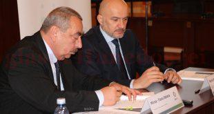 w MAIN CJ Hunedoara Mircea Bobora si Sorin Maxim ADR Vest semnare contract culoarul Mures Nord (12)
