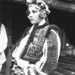 Mireasă din Poienița Voinii - 1927.  Foto: D. Galloway