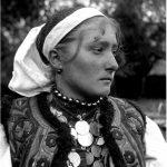 Nevastă din Lelese - 1922.  Foto: R. Vuia