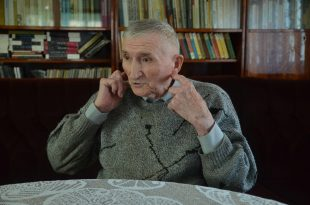 """Petre Nistorescu, spunându-şi povestea, minunându-se şi la bătrâneţe că a scăpat cu viaţă şi a ajuns acasă din infernul numit """"Al doilea război mondial"""""""