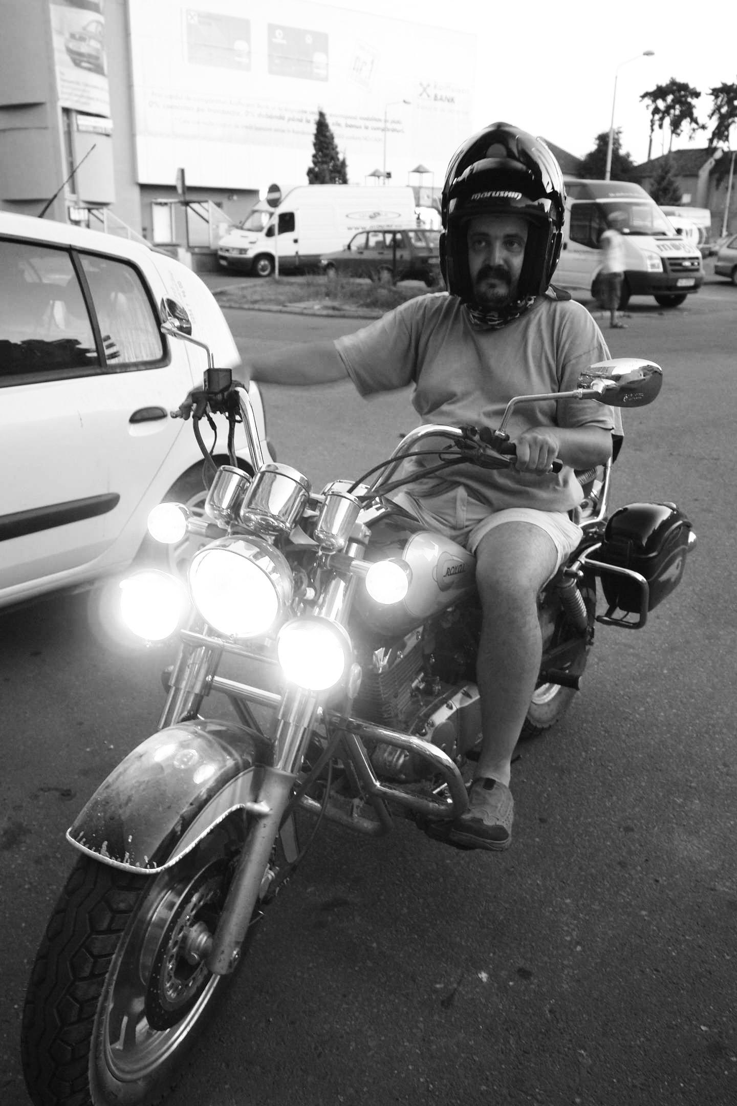 """Vara lui 2012, o perioadă în care microbul motociclismului îl """"prinsese"""" destul de tare"""