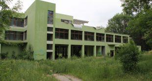 SECUND Hunedoara - Parcul Corvinul 0010