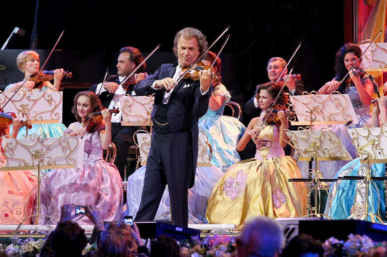 Photo of Concertul lui André Rieu de la Maastricht poate fi urmărit la Deva și Vulcan