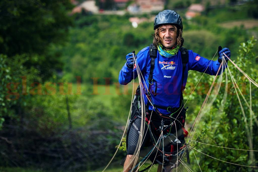 Photo of Toma Coconea, al zecelea în prologul Red Bull X-Alps
