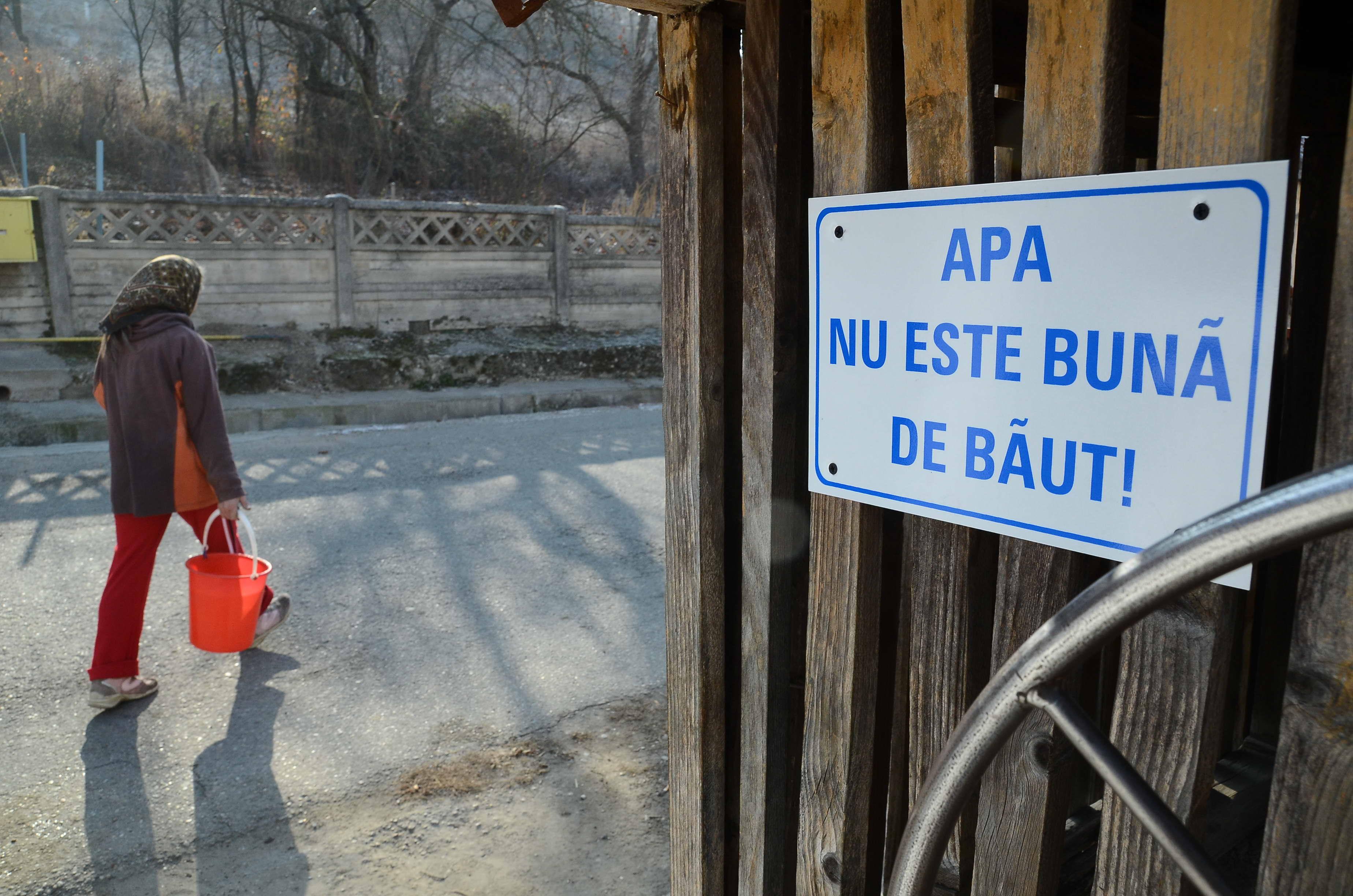 Photo of Apa a fost oprită pentru că nu e potabilă