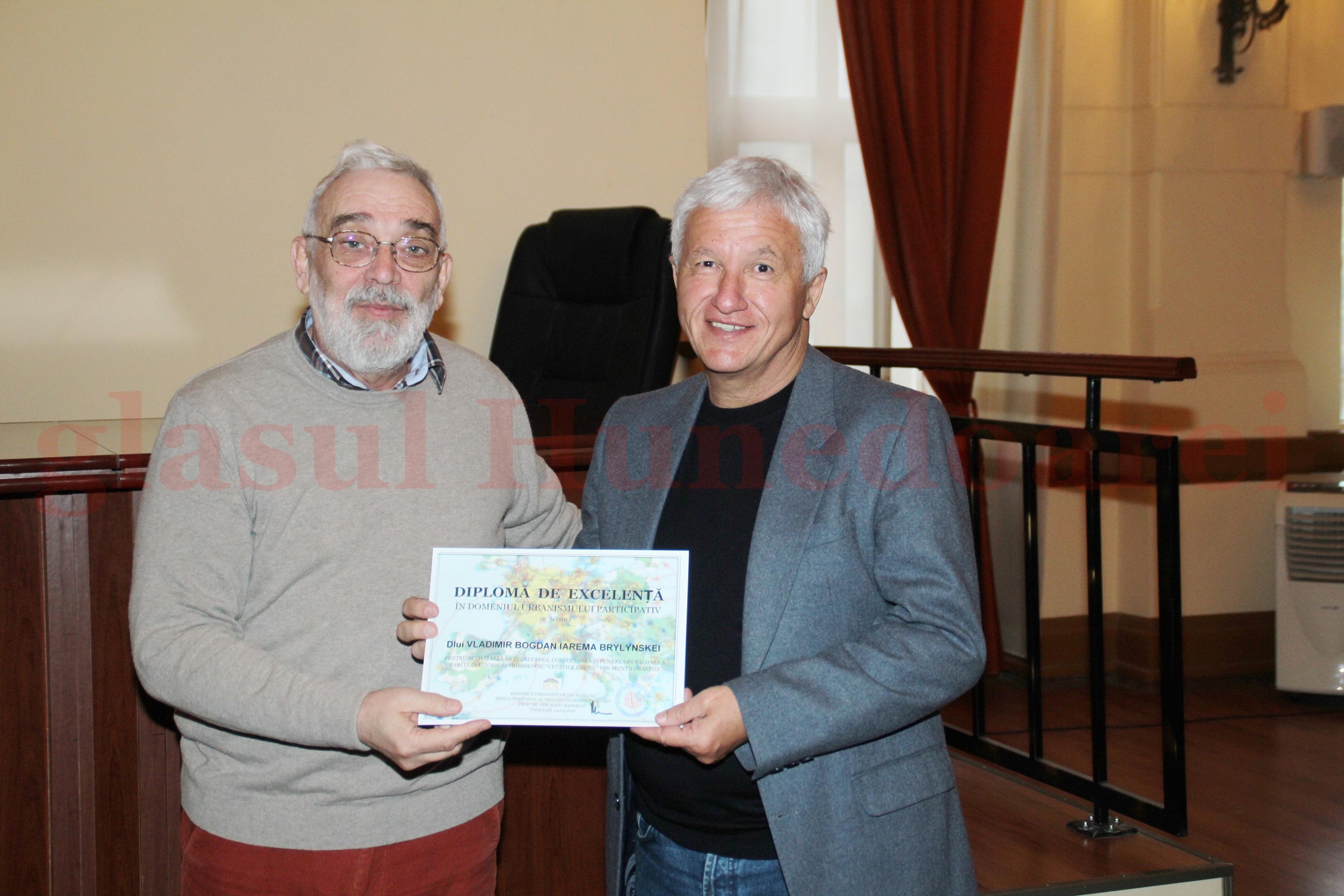 Photo of Diplomă de Excelență pentru Nunu Brilinsky, apărătorul Cetăților Dacice