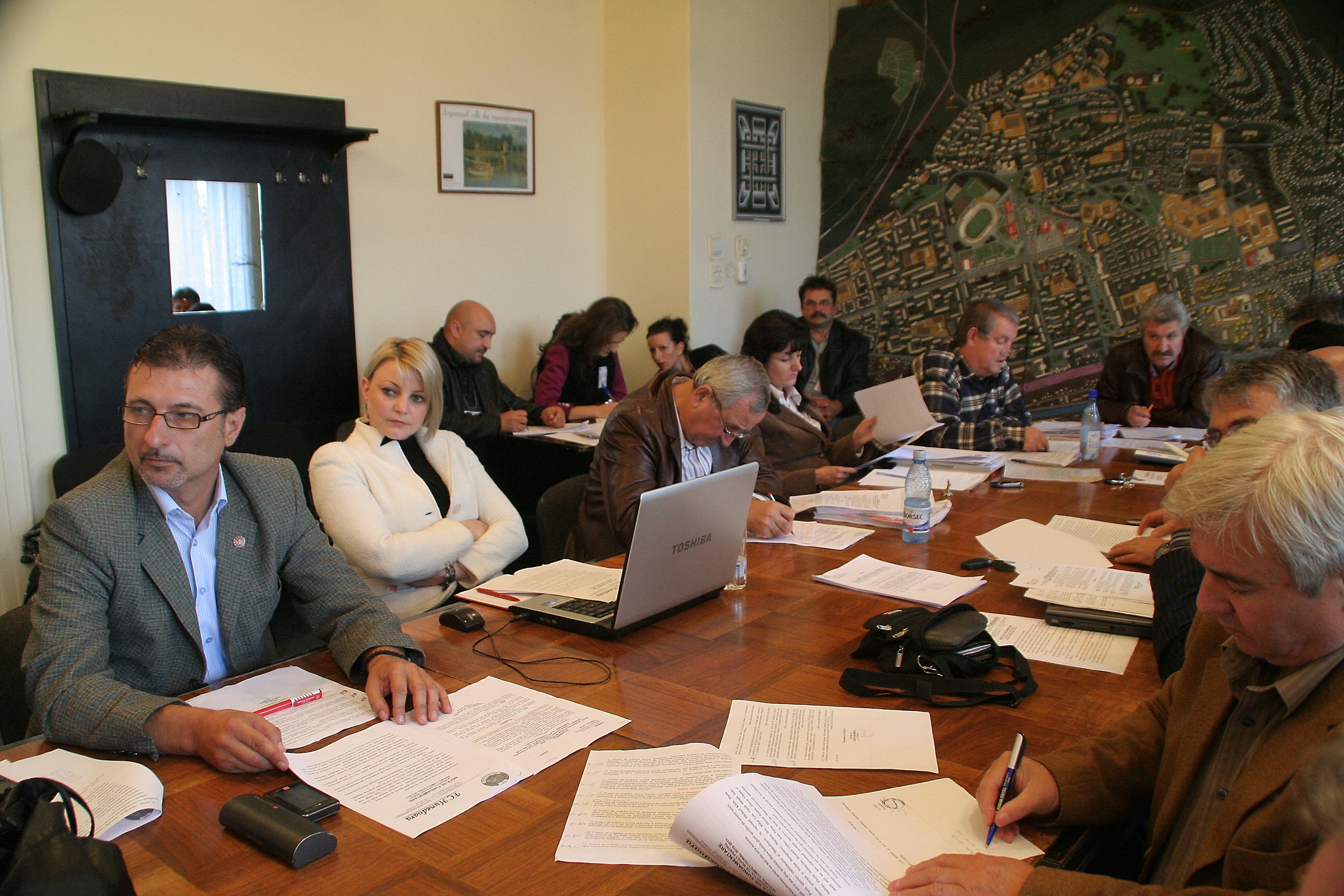 Photo of Ipocrizie electorală sau prosteală pe față, la Hunedoara