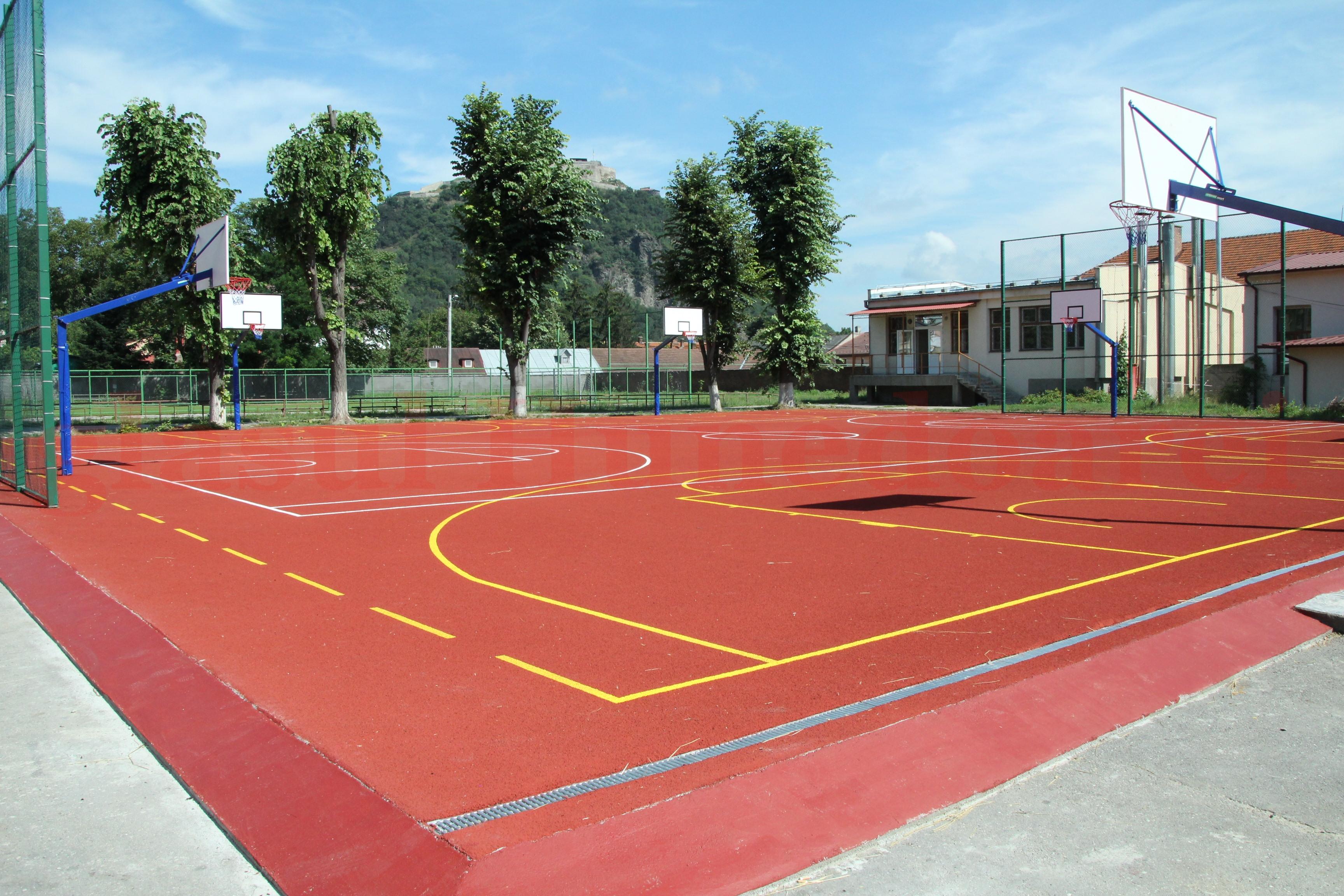 Photo of Primăria Deva organizează o dezbatere pe tema deschiderii terenurilor de sport