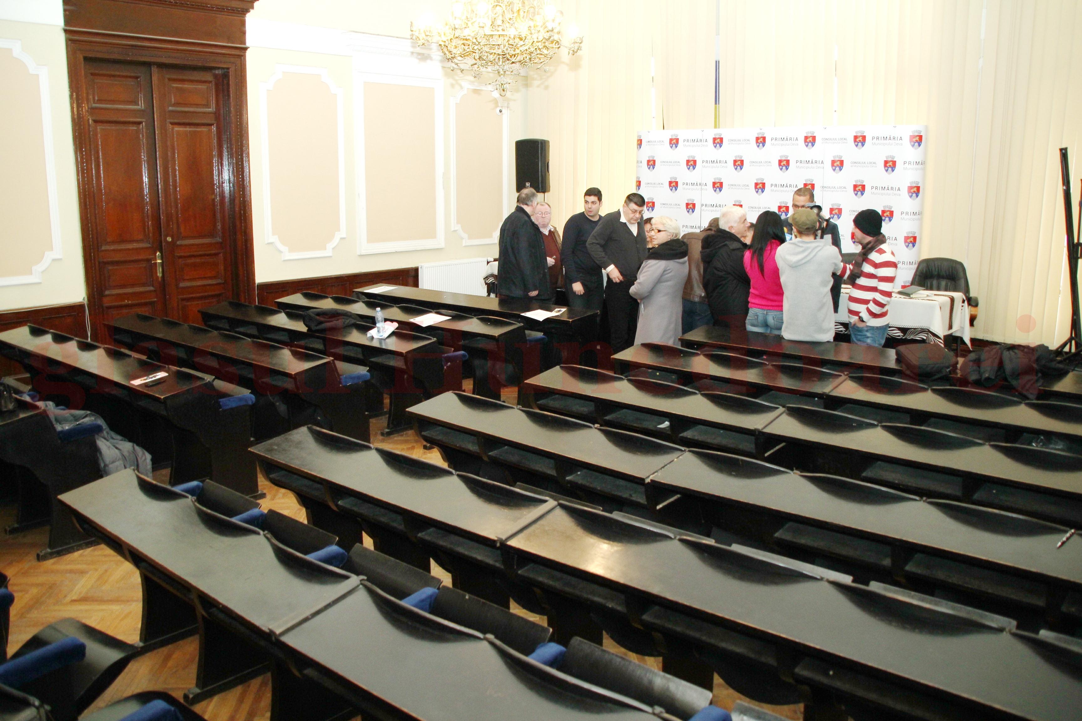 Photo of Sala de ședințe a Primăriei Deva va fi reabilitată