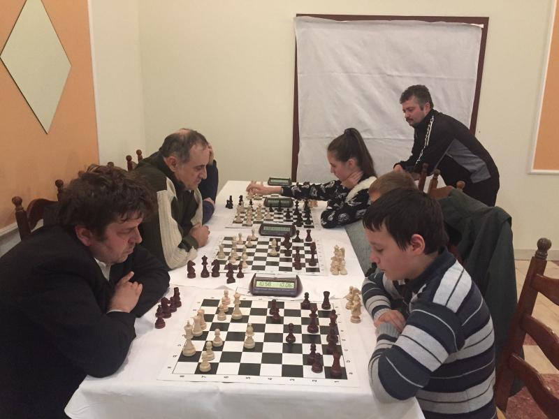 """Photo of Etapa a doua din """"Trofeul Clubului de Şah Deva"""" a adus surprize"""