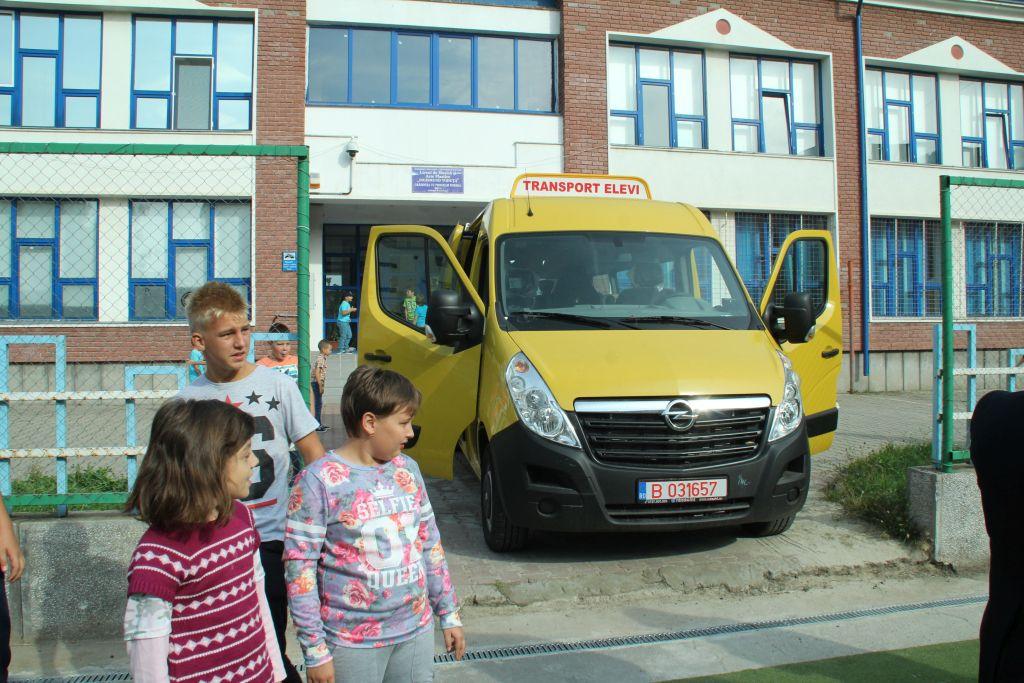 Photo of Alt an, aceeași problemă. Autoritățile locale, dezinteresate de naveta copiilor din Cârjiți