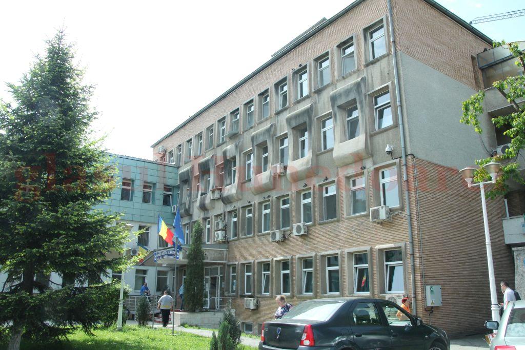 Photo of Manager nou la Spitalul Județean de Urgență. Problemele grave ale unității sanitare, relevate de planul de management al Adinei Pera-Ștefănie