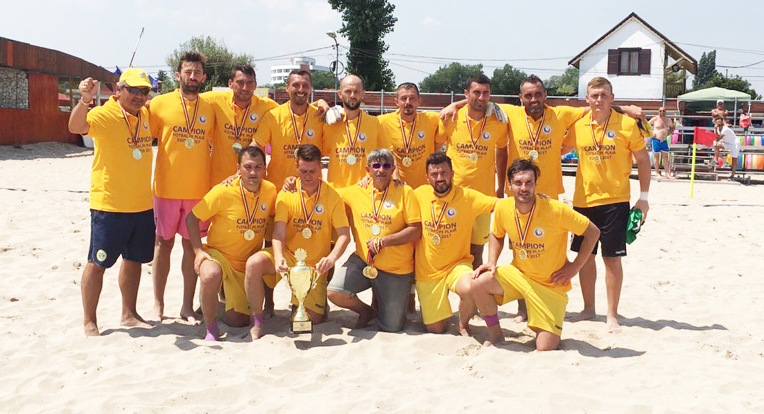 Photo of ACS West Deva a câştigat Campionatul Naţional de fotbal pe plajă (GALERIE FOTO)