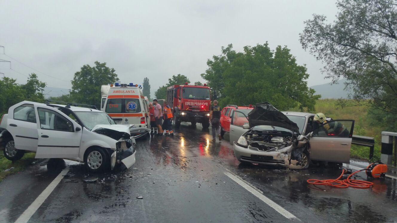 Photo of IMPACT FRONTAL. Accident grav, pe DN 7. Doi copii și părinții lor au fost răniți puternic în urma coliziunii