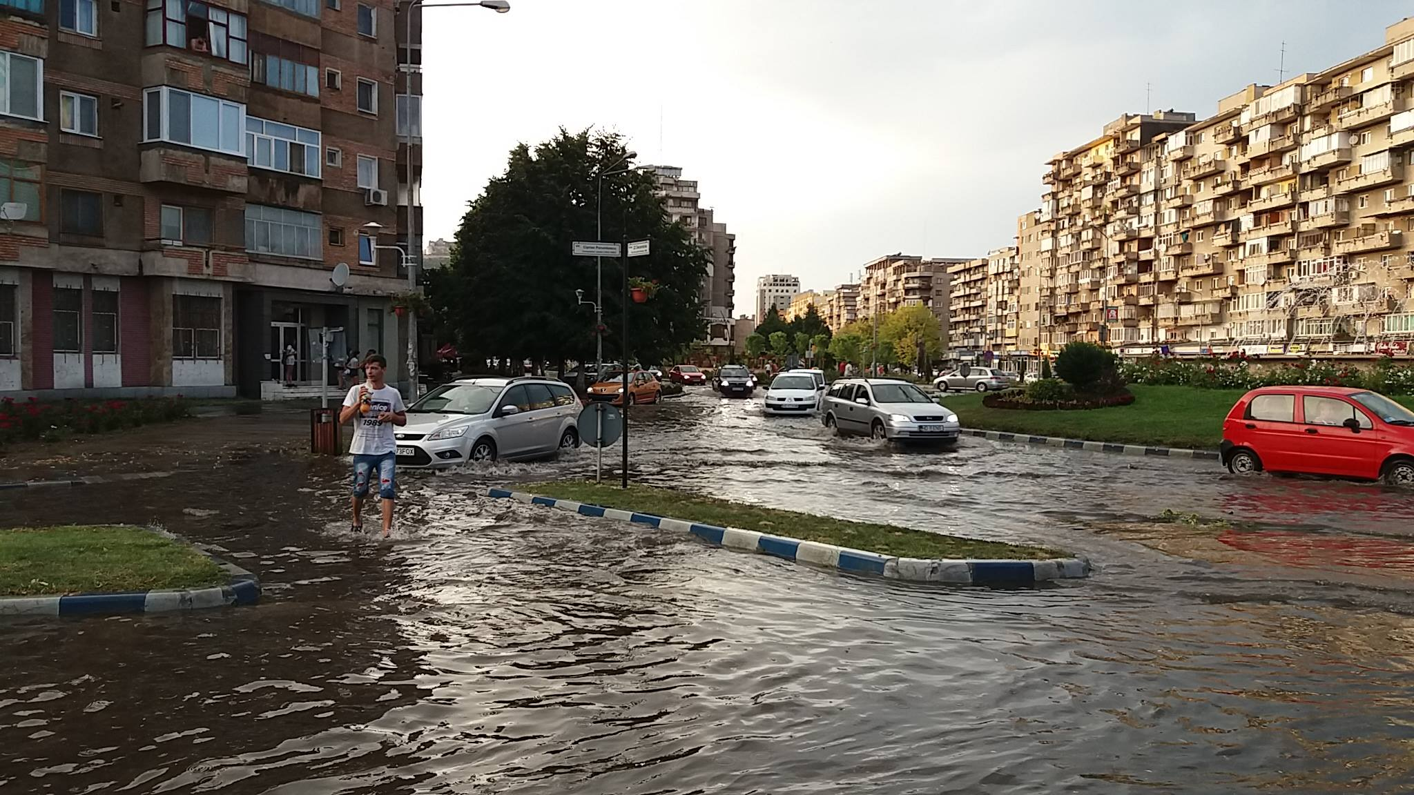 Photo of (VIDEO) Deva, inundată în câteva minute