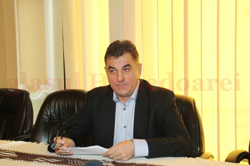 Petru Mărginean, pe vremea-n care lua decizii în Primăria Deva, unele contestate cu succes în instanţă şi imputate acum de Camera de Conturi