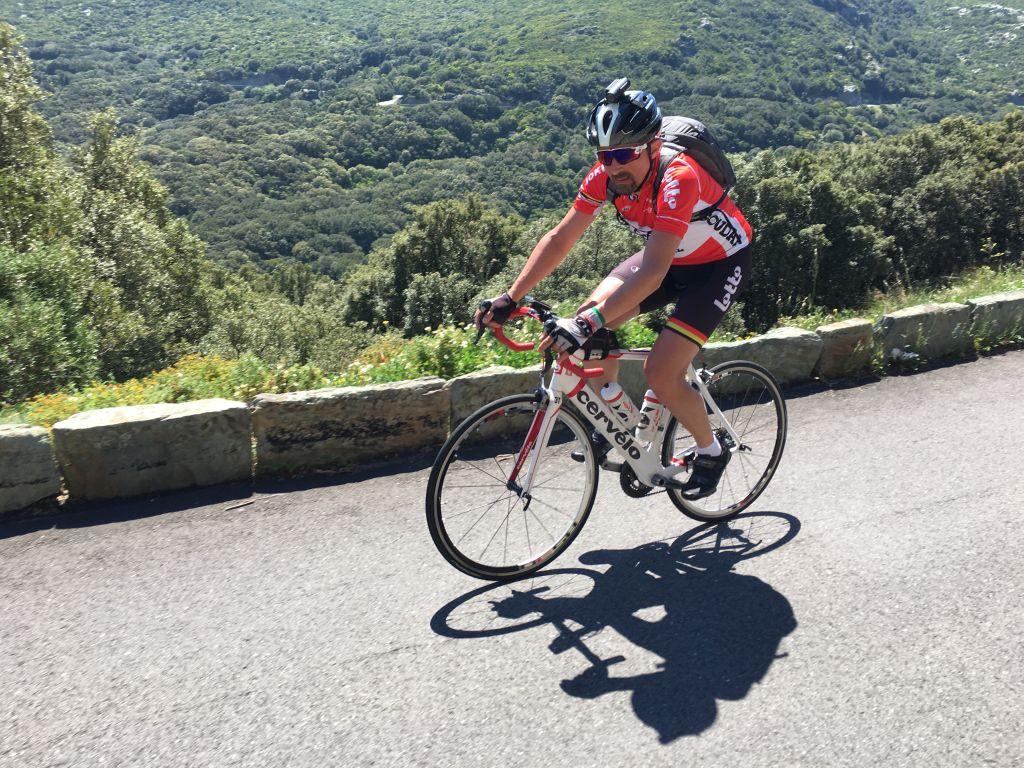 Photo of LUNCA CERNII (II) sau cum m-am plimbat cu bicicleta printr-un muzeu (GALERIE FOTO)