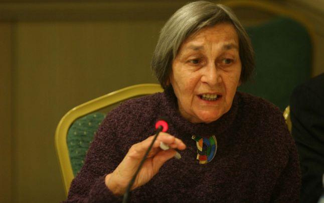 Photo of A murit Doina Cornea