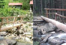 Salvamontiştii şi rangerii au reuşit să refacă, în regim de urgenţă, două podeţe, până acum: la Pietrele (foto stânga) şi la Stânişoara