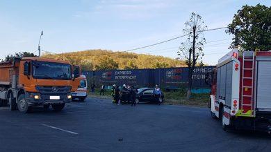 """Accidentul de sâmbătă s-a produs în intersecţia despre care """"Glasul Hunedoarei"""" semnala încă de joi că devine şi mai periculoasă, în noile condiţii de trafic de pe DN 7"""