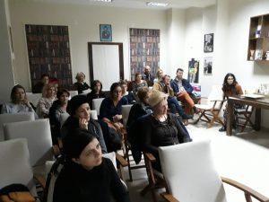 """Membrii filialei locale a """"Asociaţiei de Părinţi România"""" se tem că, sub motivul combaterii discriminării, Ministerul Educaţiei este pe cale să comită erori ireparabile"""