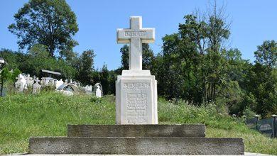 Photo of Pro memoria. Monumentul și crucile de eroi din Căinelu de Sus