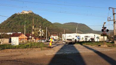Photo of Circulația rutieră în dreptul pasajului de cale ferată de pe str. Hărăului din Deva, închisă provizoriu