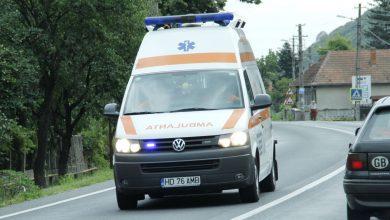 Photo of Accident pe DN 7, la Leșnic. Un TIR și trei autoturisme, implicate. Trafic blocat