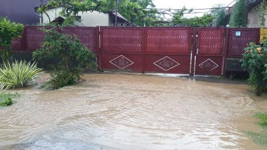 Photo of Patru anexe gospodărești inundate în Aninoasa, Vulcan și Valea de Brazi în urma precipitațiilor abundente înregistrate noaptea trecută în vestul Văii Jiului