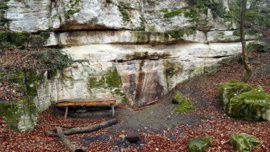 Photo of Cariera dacică de la Măgura Călanului, loc de grătare, de dat cu ATV-ul și de escaladă. Un ONG propune clasarea sitului ca monument istoric și protecția lui