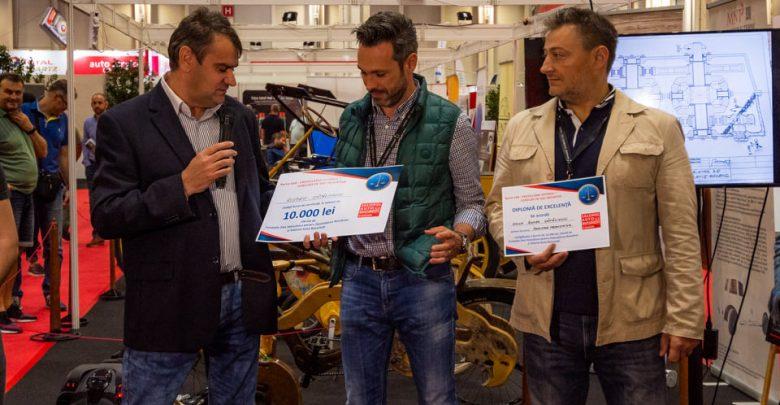 """Deveanul Romeo Cătălinoiu (stânga), câștigătorul Bursei SAB 2019 (SURSA FOTO: Fundația """"Dan Voiculescu"""")"""