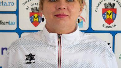 Photo of CS CFR Simeria mulțumește antrenoarei Handrachi Ștef Mirela Lavinia pentru activitatea depusă în cadrul clubului.